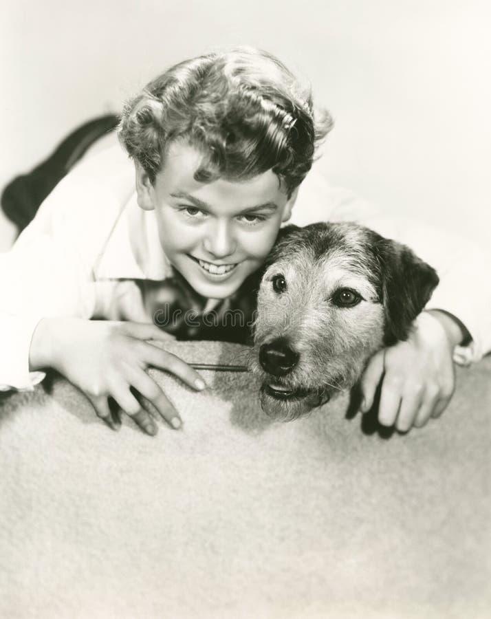 hans pojkehund royaltyfri foto