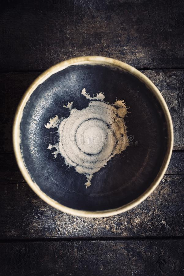 Hantverk gjord maträtt arkivbilder