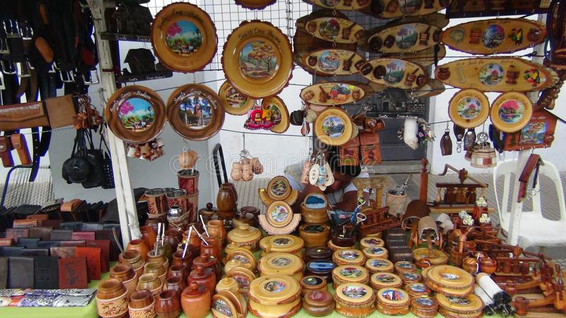 Hantverk i Santa Cruz Bolivia Sydamerika royaltyfria foton