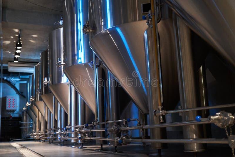 Hantverk?lproduktion i privat bryggeri, n?rbild royaltyfria bilder