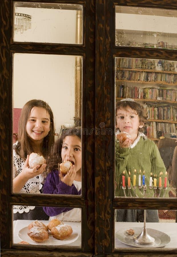 Hanukkah-Feier lizenzfreie stockbilder