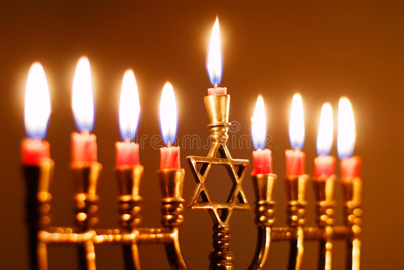 Hanukkah-Kerzen lizenzfreie stockbilder
