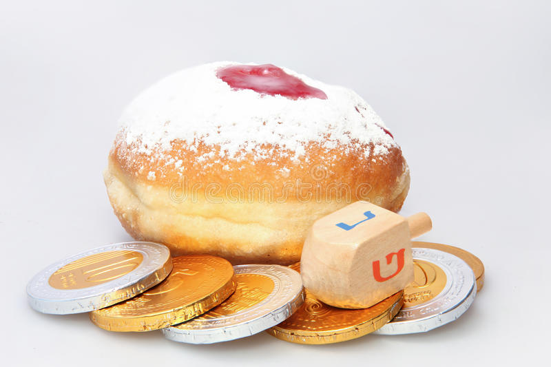 Hanukkah pączek i przędzalniany wierzchołek