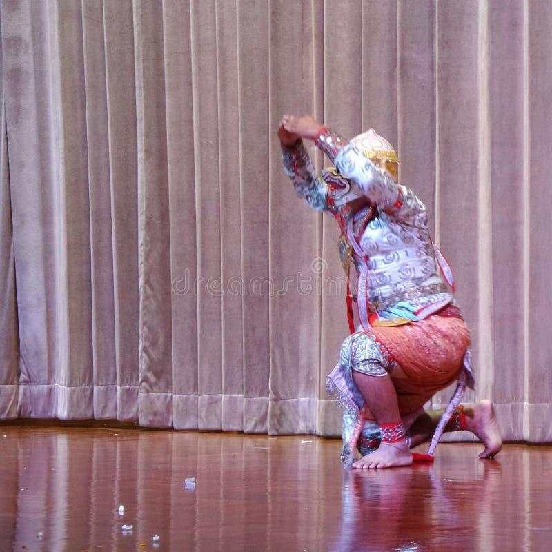 Hanuman i den Ramakien Khon maskeringen arkivbild