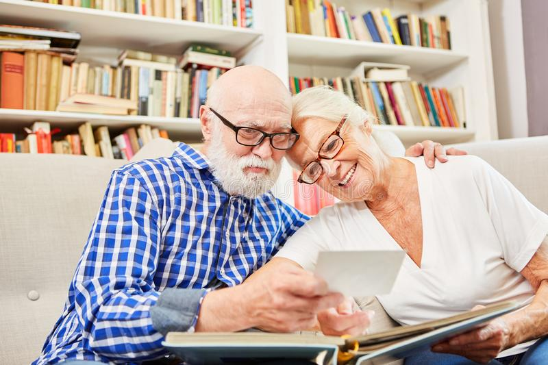 Seniors Online Dating Service For Relationships No Fee