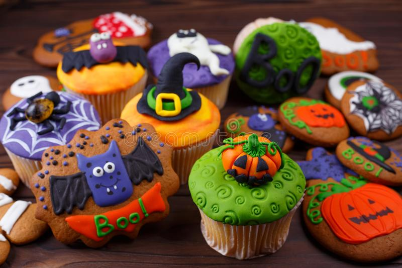Happy Halloween cupcakes and cookies.Composition with Halloween royalty free stock photos
