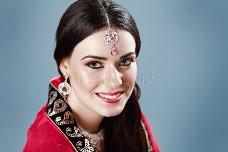132 723 Indian Woman Photos Free Royalty Free Stock Photos From Dreamstime