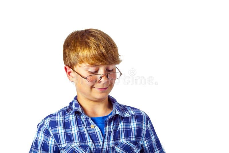 Happy lächelnde junge Teenager mit Brille stockbilder