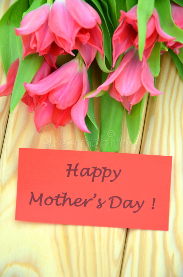 Free Happy Mothers Day And Bouquet Of Gorgeous Red Tulips Stock Photos - 40619823