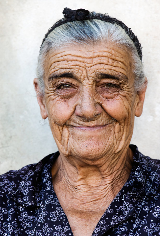 Free Happy Old Lady Royalty Free Stock Photography - 2941157