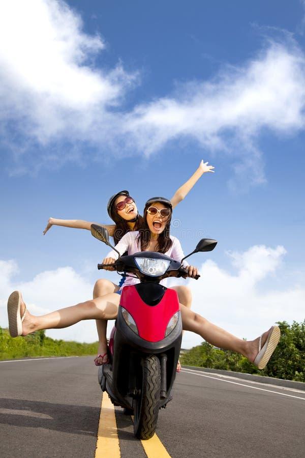 Download Happy Woman Having Summer Trip Stock Image - Image: 20723471