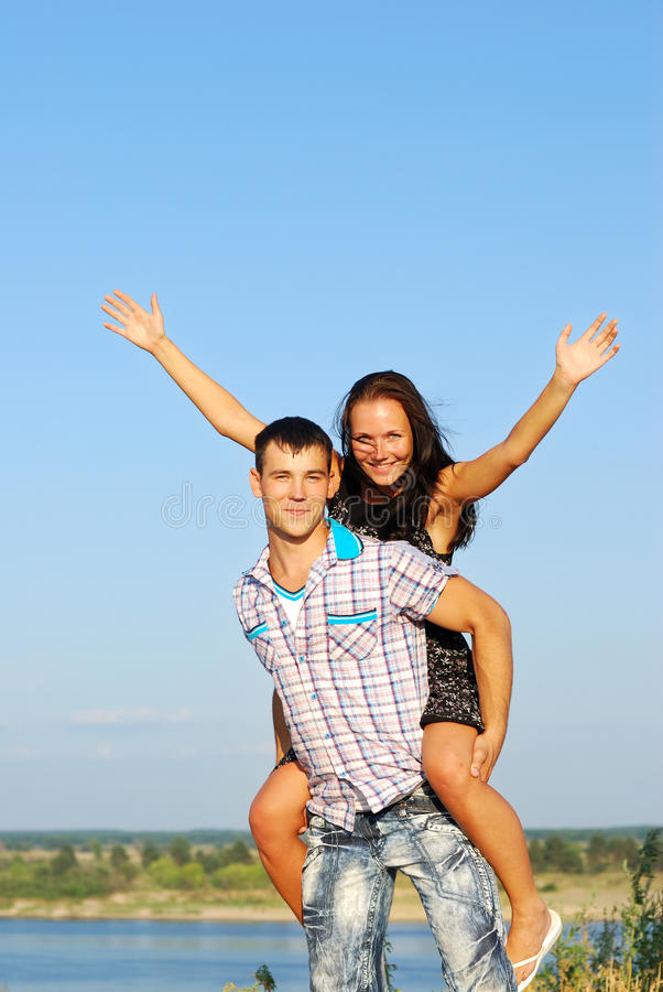 Download Happy Young Couple Royalty Free Stock Photos - Image: 15628348