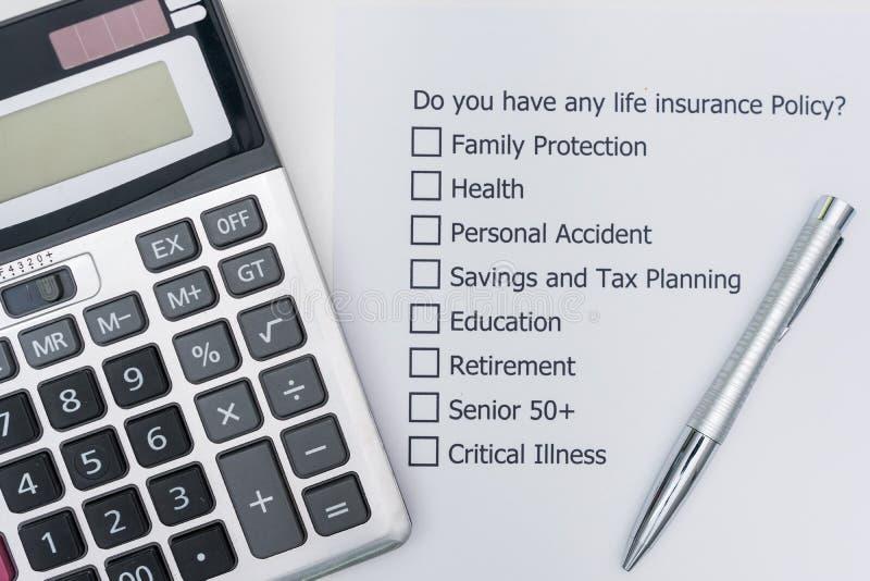 Har du någon livförsäkringpolitik? Det fråga för ` s A som ska svaras arkivbilder
