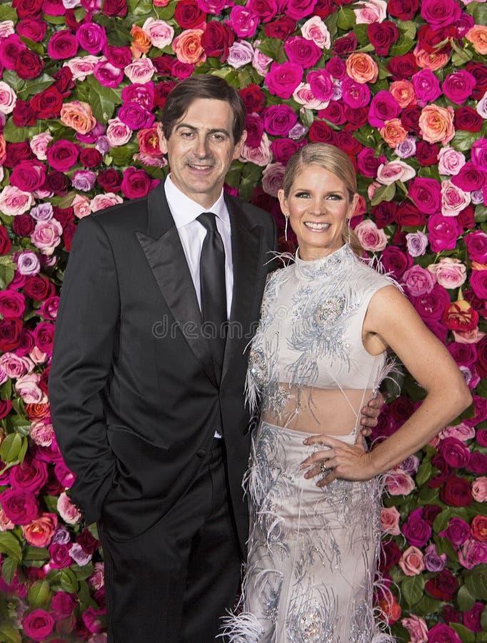 ` Hara de Greg Naughton y de Kelli O en Tony Awards 2018 imagen de archivo libre de regalías