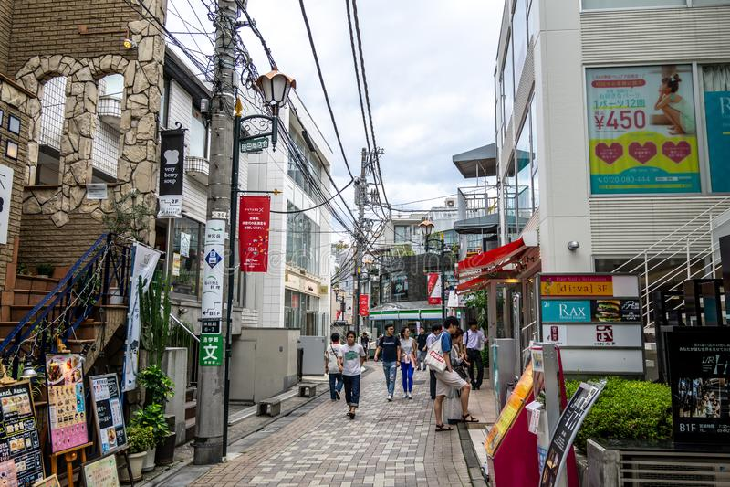 Harajuku-Katzen-Straßengeschäfte lizenzfreie stockbilder
