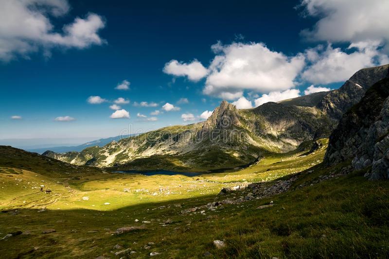 Haramiata di punta, montagna di Rila immagine stock
