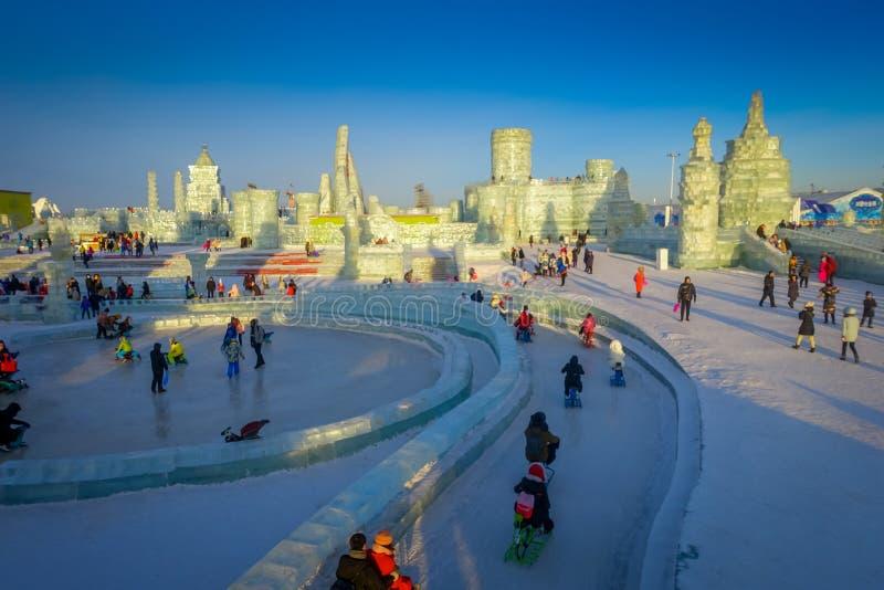 Harbin, China - Februari 9, 2017: Het Ijs en de Sneeuwbeeldhouwwerkfestival van Harbin is het Internationale een jaarlijks de win royalty-vrije stock afbeelding