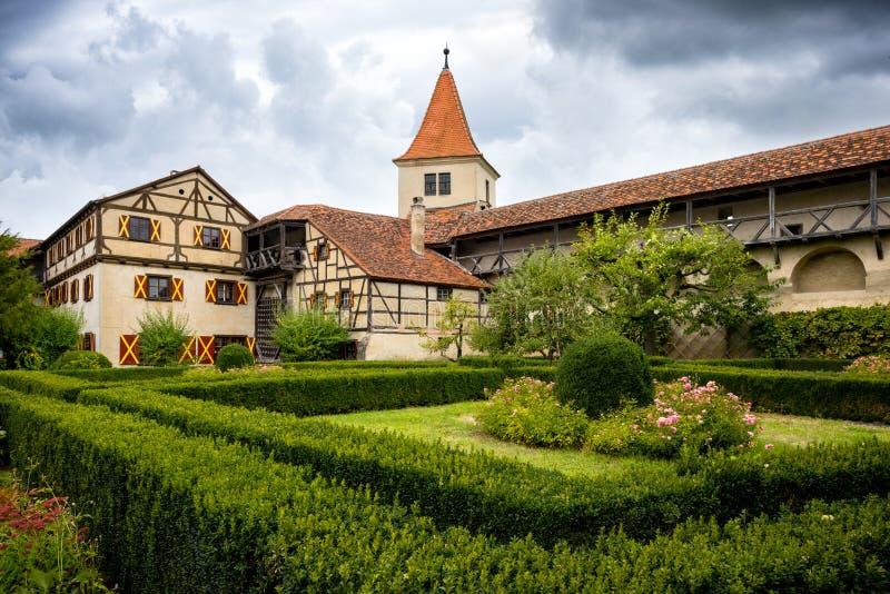 Harburg: Vista do castelo de Harburg É uma peça da rota cênico chamada 'estrada romântica ' Baviera, Alemanha foto de stock