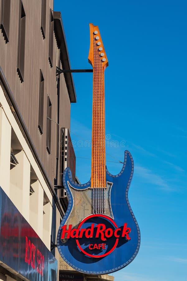 Hard Rock Cafe firma adentro Ushuaia, la Argentina imágenes de archivo libres de regalías