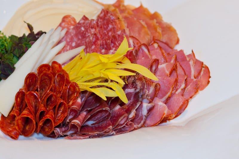 Hard salamivoorgerecht stock fotografie