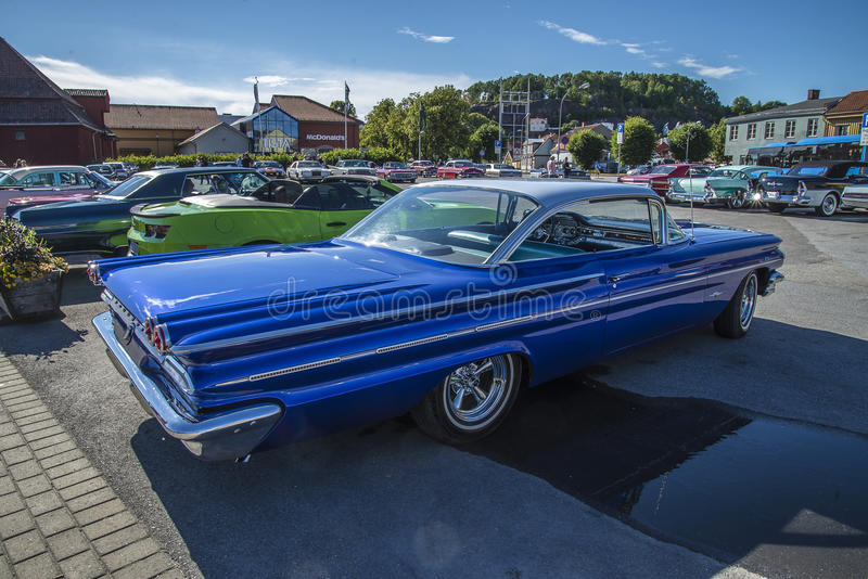 Hard-top 1960 de porte de Pontiac Bonneville 2 photographie stock