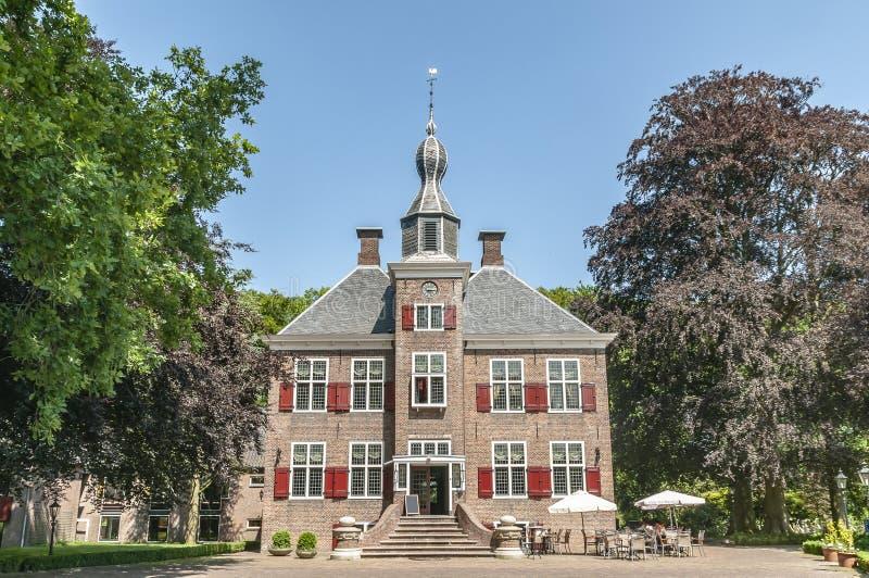 Harderwijk holandês velho do hotel do anexo do castelo fotografia de stock royalty free