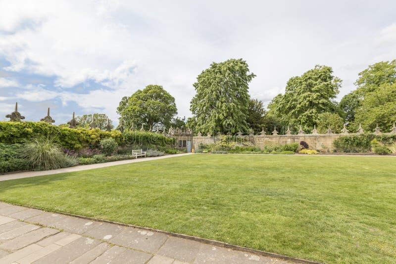 Hardwick Hall Gardens stock afbeelding