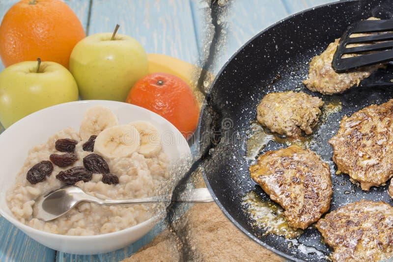 Harina de avena sana y malsana del desayuno con las pasas en un cuenco blanco Frutas Filetes fritos foto de archivo