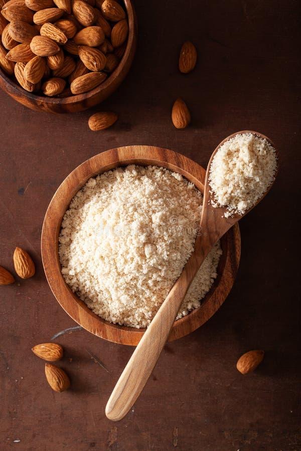 Harina de la almendra ingrediente sano para la dieta gluten-libre del paleo del keto imagen de archivo libre de regalías