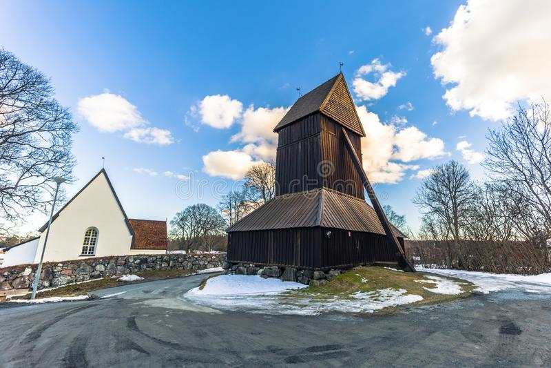 Harkeberga - 2018年3月29日:Harkeberga,瑞典老教会的塔  库存照片