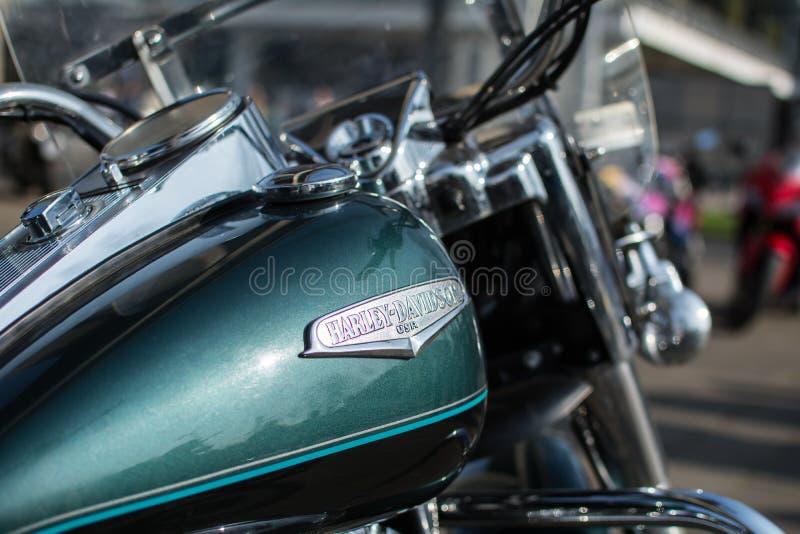 Harley Davidson emblem på behållare royaltyfri fotografi