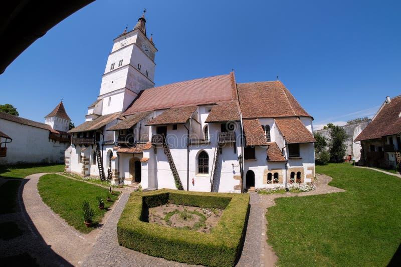 Harman Fortified Church na Transilvânia perto de Brasov, Romênia imagem de stock