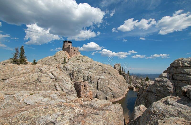 Harney szczytu ogienia punktu obserwacyjnego wierza w Custer stanu parku w Czarnych wzgórzach Południowy Dakota usa budował Cywil obraz royalty free