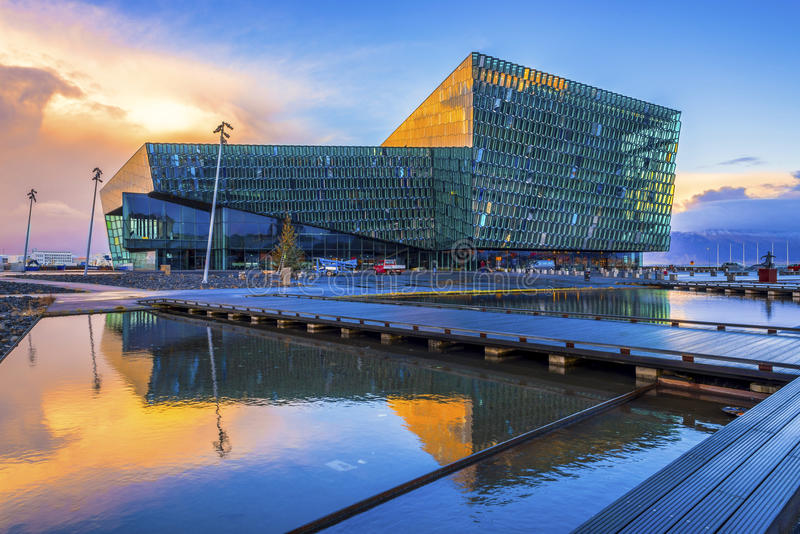 Harpa Concert Hall et Centre de conférences, Islande photos stock
