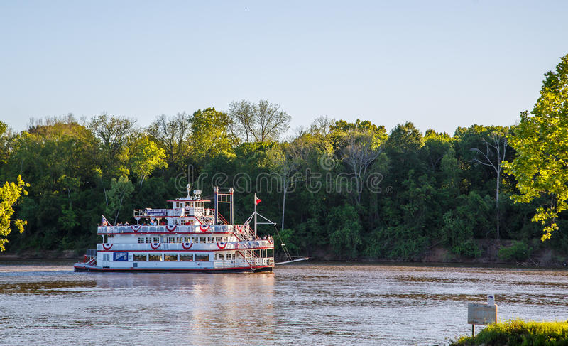 Harriot II Riverboat on the Alabama River. A picture of Harriot II the riverboat ferry as it eases down the Alabama River on a late Sunday evening on 18 April stock photos