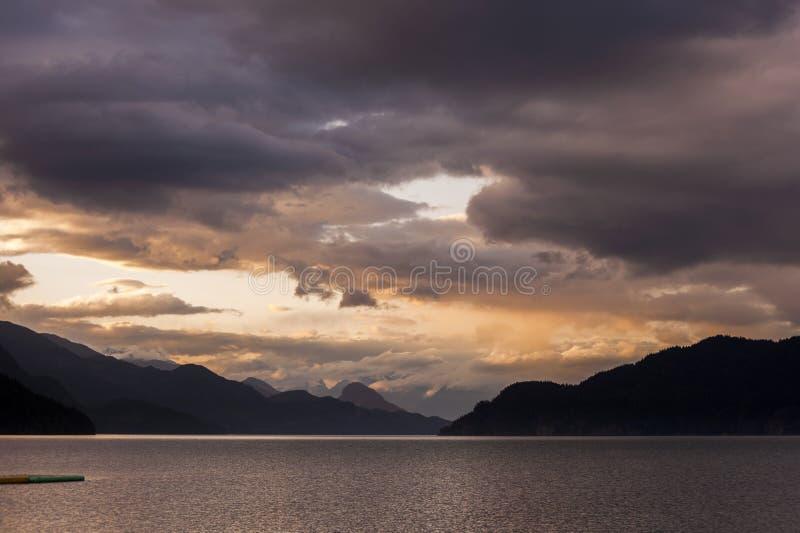Harrison Lake Sunset lizenzfreies stockfoto
