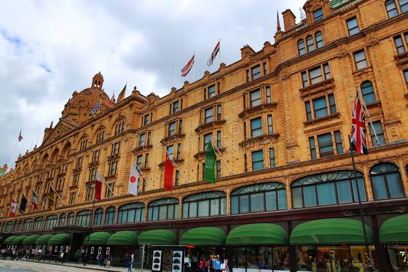 Harrods, buildngs históricos, Londres, Inglaterra fotos de stock royalty free