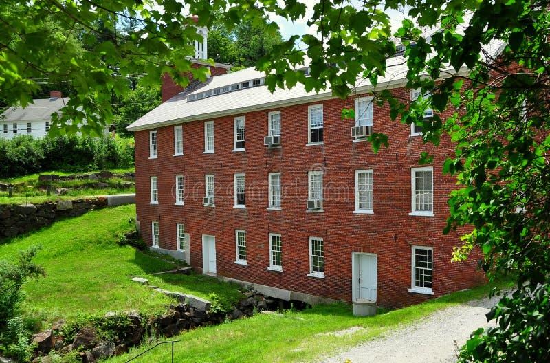 Harrsiville, NH :  1848 moulin numéro un photographie stock libre de droits