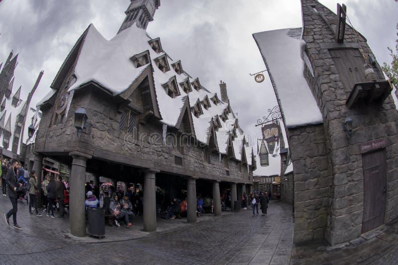Harry Potter hus på universella studior Hollywood i Los Angeles, Kalifornien, USA APRIL 2016 arkivfoton