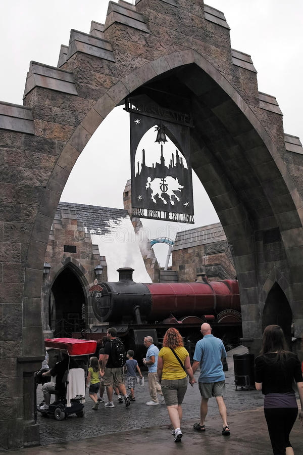 Download Harry Potter In The Universal Studios Editorial Stock Photo - Image: 28594663