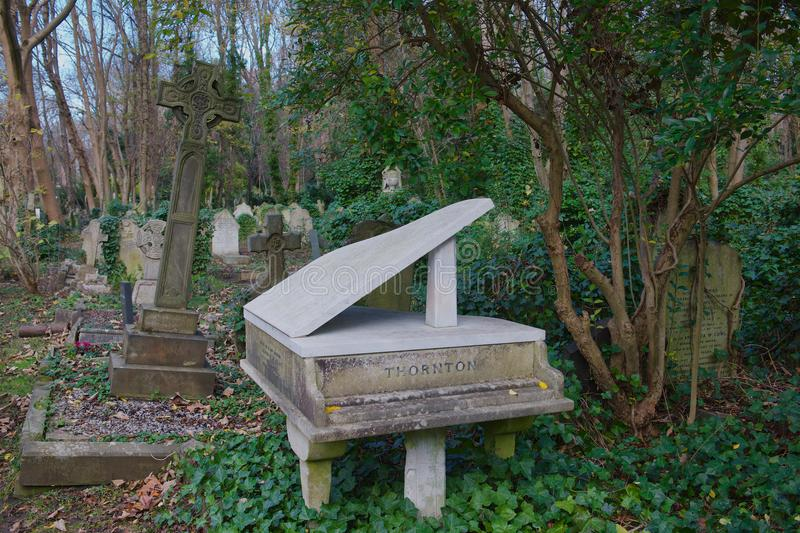 Harry Thornton Piano Grave Highgate imagens de stock royalty free