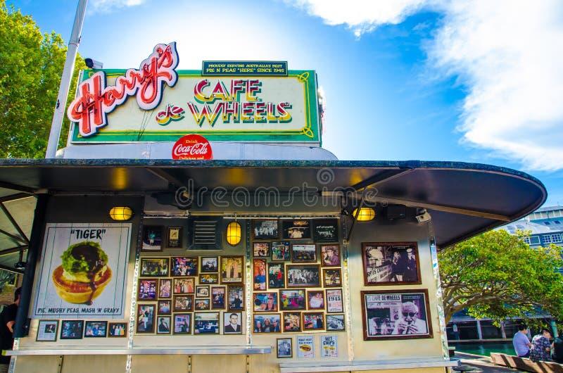 Harrys Café De Roda é tortas, pastéis e cachorros quentes de um serviço do ícone do australiano no wooloomooloo fotos de stock royalty free