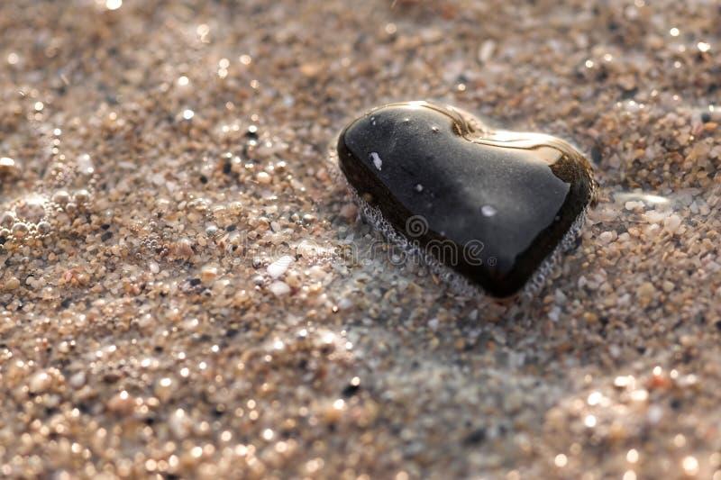 Hart gevormde steen royalty-vrije stock afbeeldingen