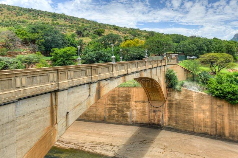 Hartbeespoort tama - Południowa Afryka fotografia stock
