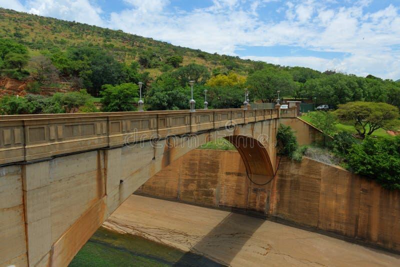 Hartbeespoort tama - Południowa Afryka zdjęcie stock
