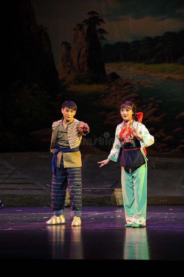 Hartelijk omhels, zich verheugt op de toekomstige Jiangxi-opera een weeghaak royalty-vrije stock afbeelding