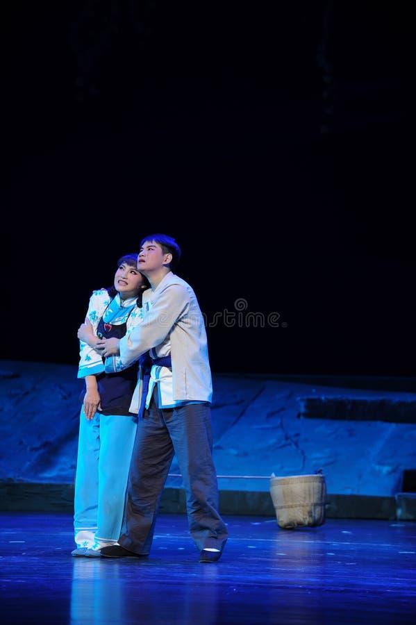 Hartelijk omhels, zich verheugt op de toekomstige Jiangxi-opera een weeghaak stock fotografie