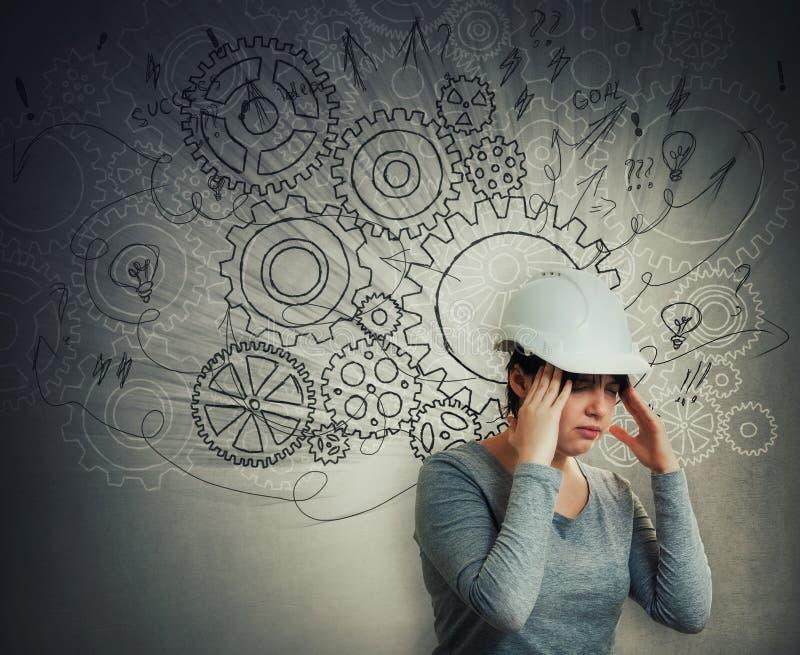 Harter denkender Ingenieur stockfoto