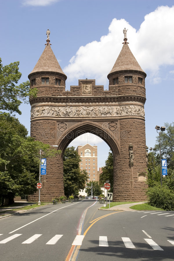 Hartford Memorial Arch. The brownstone Soldiers and Sailors Memorial Arch found in Hartford, Connecticut - the capital city. This was dedicated to the lives lost stock photos