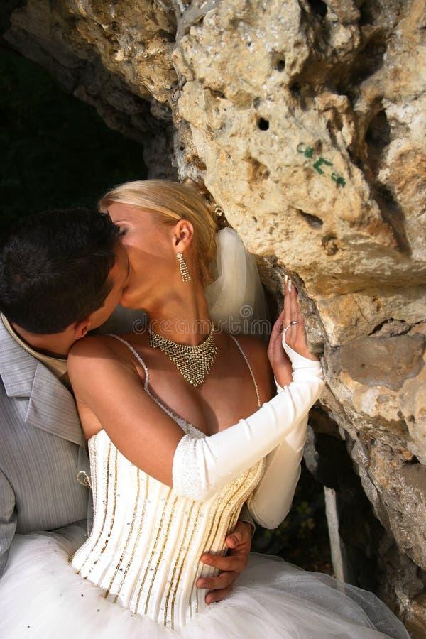 Hartstochtelijke kus stock afbeelding